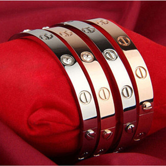 best replica cartier love bracelet